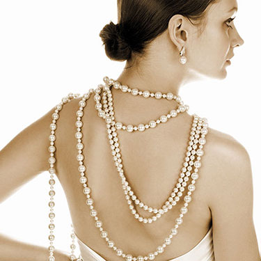 EVERYTHING YOU WANT TO KNOW ABOUT YELLOWED PEARLS