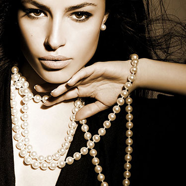 THE TOP 3 REASONS PEARLS ARE A MUST HAVE!