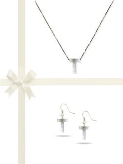 "PACIFIC PEARLS OYSTER BAY COLLECTION Letter ""T"" Mother-of-Pearl Pendant & Earring Gift Set"