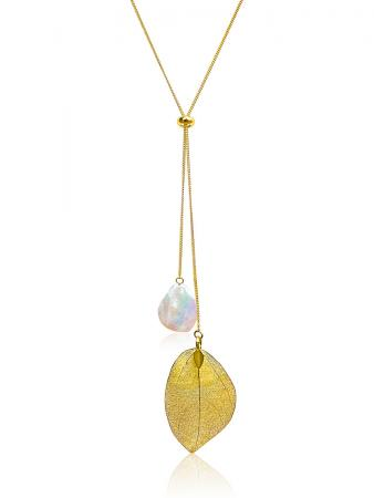 SUNSHINE COAST COLLECTION White Coin Pearl Necklace in 18K Yellow Gold